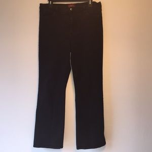 Not Your Daughters Jeans Sarah Black Bootcut
